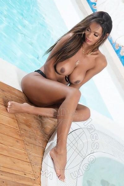 Bruna Neves  ROMA 3298892689